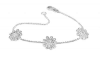 BF100212mm white crystal 3 flower bracelet with silver fittings.jpg