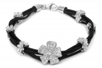Charms_UK_black__4db9b85db482e.jpg