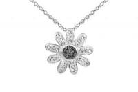 PF015 15mm Black crystal flower pendant with silver fittings.jpg