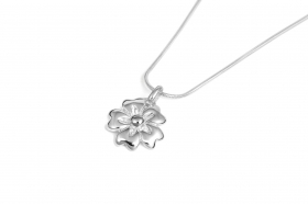 Sterling silver 15mm flower pendant on 42cm sterling silver chain